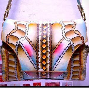 RARE MAGNIFIQUE Genuine Leather CrossbodySling Bag